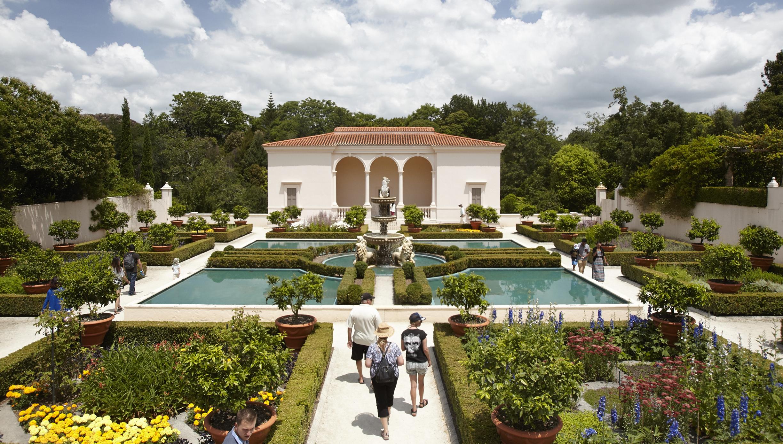 italian-renaissance-garden-hamilton-garden-nz.ClFcRw