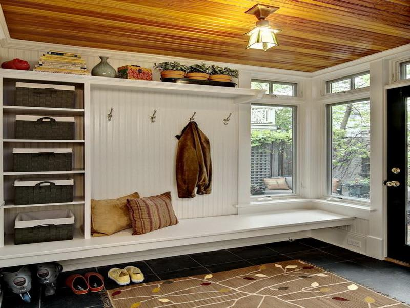 Black Mudroom Bench