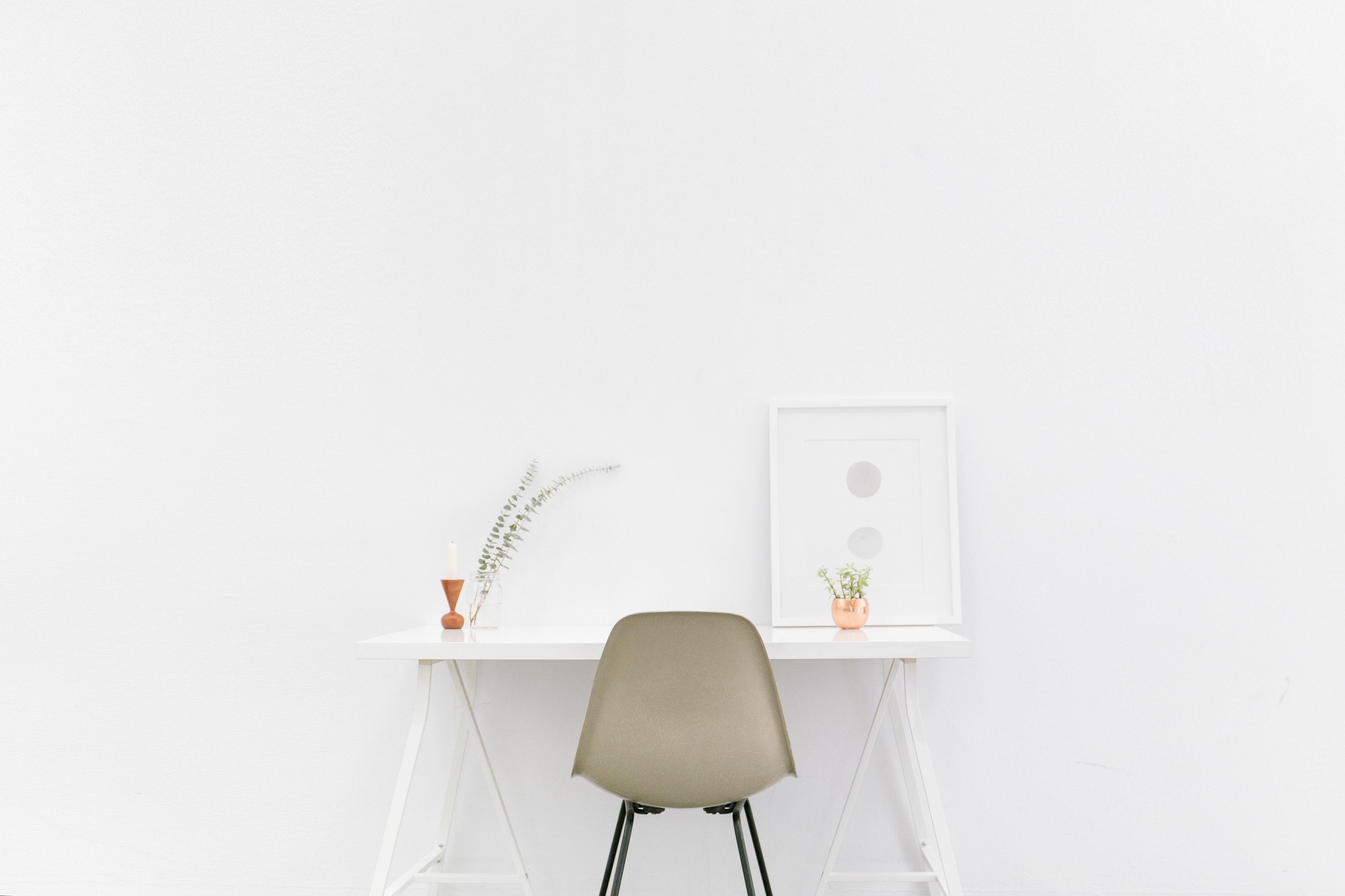 desk-1081708